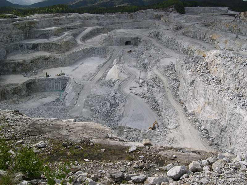 اعلام خرید و فروش معدن سنگ آهک